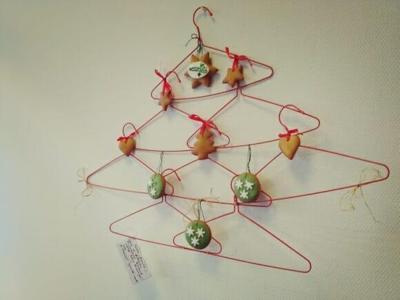 christmas-tree-office-11
